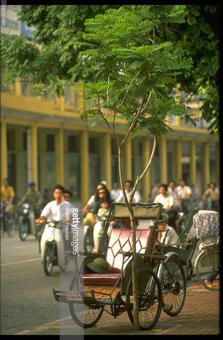 Boi hoi ngam anh than thuong ve Ha Noi nhung nam 1990 - Anh 2