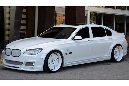 BMW 750Li do 'trang tinh khoi' cuc doc gia 1,24 ty - Anh 2