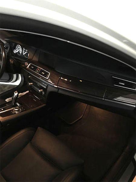 BMW 750Li do 'trang tinh khoi' cuc doc gia 1,24 ty - Anh 4
