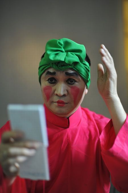 NSUT Xuan Hinh se tham gia Tao quan 2017? - Anh 1