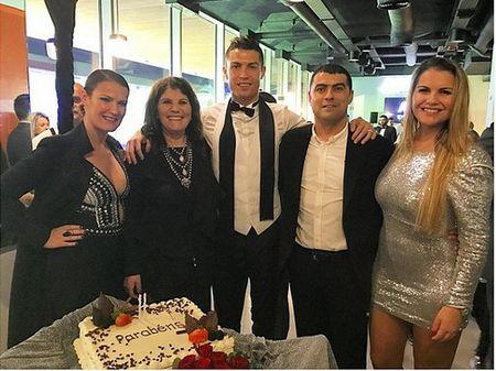 Ronaldo, Messi va dan sao the thao don nam moi 2017 - Anh 1