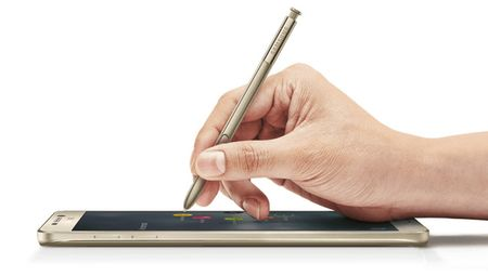 Galaxy S8 duoc ho tro but cam ung S Pen? - Anh 1