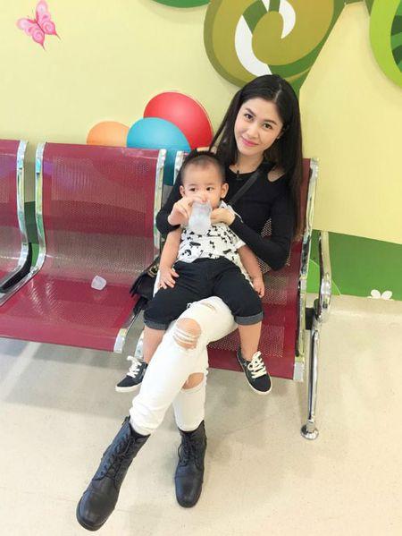 Khanh Thi muon con trai hoc hat Bang Kieu - Anh 12