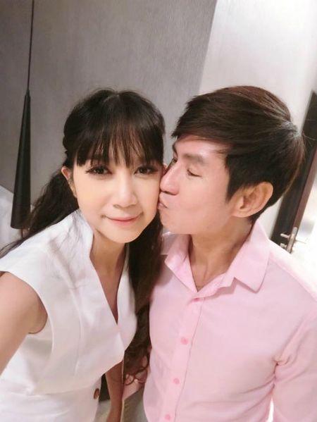 Khanh Thi muon con trai hoc hat Bang Kieu - Anh 9
