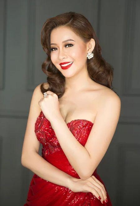 Hoa hau Hai Duong long lay voi dam da hoi do ruc - Anh 2