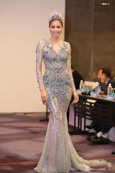 Thoi trang sao Viet dep: Loat my nhan khoe duong cong rao ruc don nam moi - Anh 5