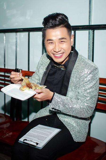 Nguyen Khang om eo Toc Tien, than thiet My Tam trong hau truong - Anh 6