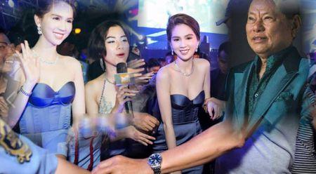 Ty phu Hoang Kieu: Ngoc Trinh du pham chat thanh Hoa hau My - Anh 1