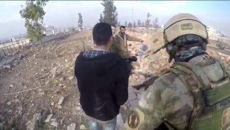 Tran chien Aleppo: Dac nhiem Nga xung tran cung binh si Hezbollah (video) - Anh 5