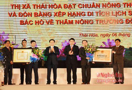 Thi xa Thai Hoa: Phan dau la trung tam cuc tang truong phia Tay - Anh 1