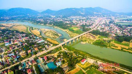 Thi xa Thai Hoa: Phan dau la trung tam cuc tang truong phia Tay - Anh 3