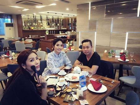 Sao Viet hao hung gui loi chuc mung nam moi 2017 - Anh 9