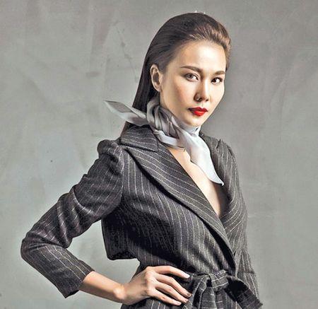 Thanh Hang van 'hot' sau 10 nam - Anh 1