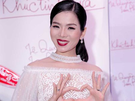Nhac Lam Phuong lam kho Le Quyen - Anh 1