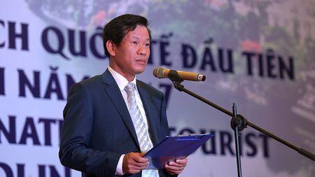 Ong Nguyen Thien Nhan chao don vi khach quoc te dau tien den Thu do nam 2017 - Anh 3