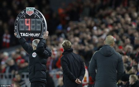 Klopp: 'Liverpool se khien Chelsea thay kho chiu'. Guardiola khan cau su kien nhan - Anh 2