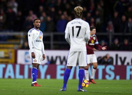 10 dieu tu vong 19 Premier League: Ibra va Pogba la chat lieu chien thang. Lich su goi ten Chelsea - Anh 9