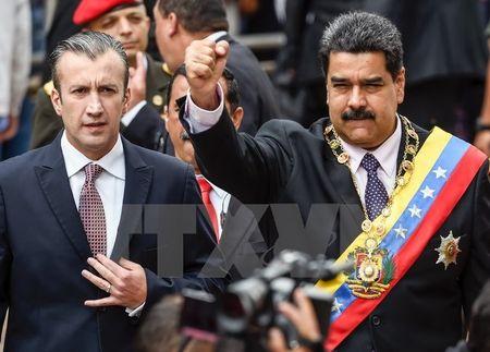 NAM phan doi Tong thong My gia han sac lenh chong Venezuela - Anh 1