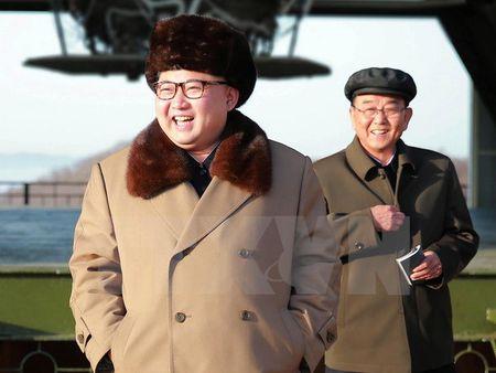 Nha lanh dao Trieu Tien Kim Jong-Un thi sat quan doi - Anh 1