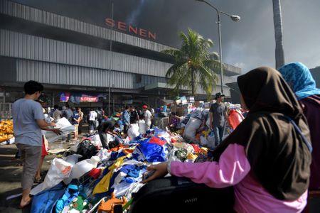 Indonesia: Chay lon tai mot khu cho co o trung tam Jakarta - Anh 1
