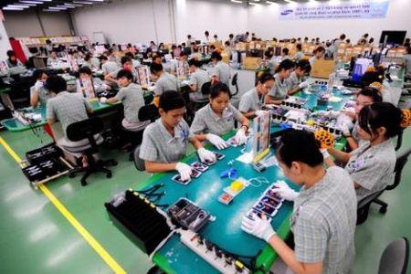 Samsung rot 2,5 ty USD: Dung qua chieu doanh nghiep FDI - Anh 1