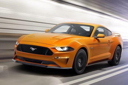 Ford Mustang 2018: Thiet ke moi, hop so 10 cap - Anh 1