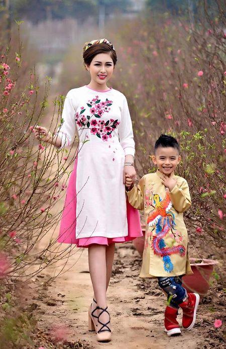 MC Vo Thanh Hien: Tieu Tet 100 trieu va cung con trai di du lich de 'xa stress' - Anh 3