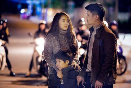 Phim moi cua Victor Vu tung poster nhu 'bom tan' sieu anh hung - Anh 1
