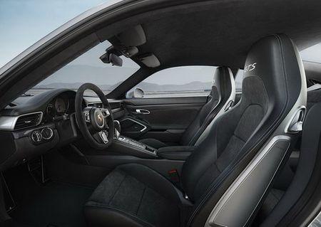 Porsche 911 GTS 2017 chot gia tu 8,2 ty dong tai Viet Nam - Anh 2