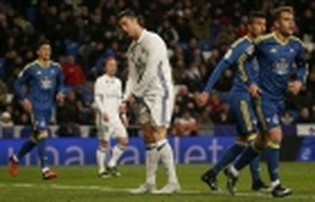 03h15 ngay 20/01, Real Sociedad vs Barcelona: Ga khong lo pha bo 'loi nguyen'? - Anh 5