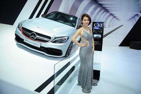Mercedes-Benz tieu thu hon 2 trieu xe trong nam 2016 - Anh 9
