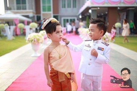 Cam dong dam cuoi co tich cua nhung cap doi di thuong - Anh 7
