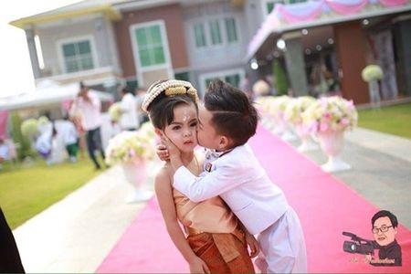 Cam dong dam cuoi co tich cua nhung cap doi di thuong - Anh 8