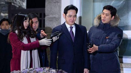 Toa an Han Quoc bac viec bat giu giam doc Samsung - Anh 1