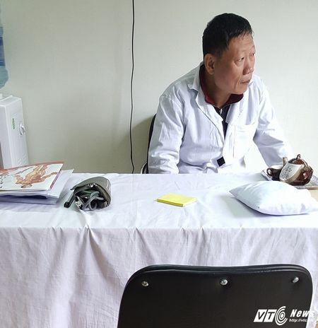 Nha thuoc Hoang Trung Duong bi 'to' loi dung hinh anh luong y noi tieng, lua dao nguoi benh - Anh 3