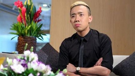 Clip: Mon qua Tran Thanh tang vo sau gan 1 thang ve chung mot nha - Anh 2