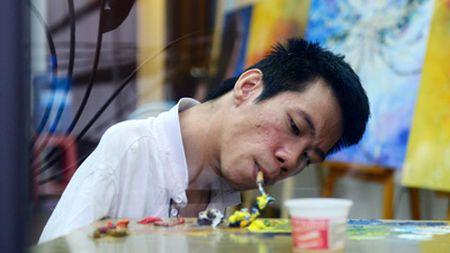 Chang hoa si khuyet tat 15 nam ve tuong lai tu nhung con dau - Anh 3