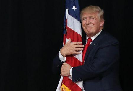 Danh sach nghe si bieu dien 'toan sao' cua ong Trump - Anh 1
