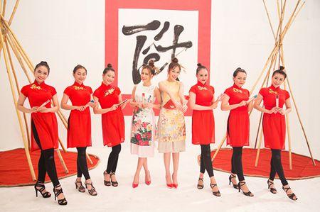 Hoang Thuy Linh 'bat tay' cung Chi Pu tung MV don xuan ruc ro - Anh 6