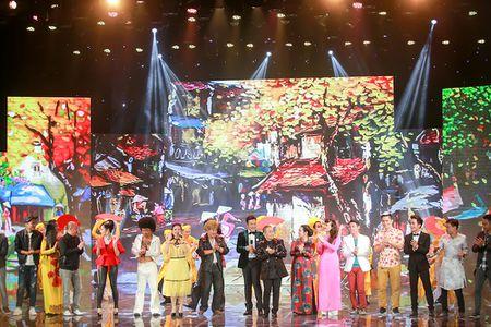 Thuy Nga, Tu Long khac la, vui nhon trong hau truong Gala cuoi 2017 - Anh 12