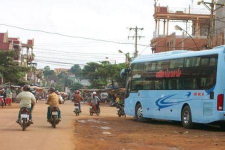 Gia ve xe Tet tai Lam Dong tang khong qua 60% - Anh 1