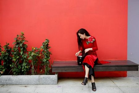 Thanh Hang 'ngung nguay' trong thiet ke ao dai dang yeu muon xiu! - Anh 6