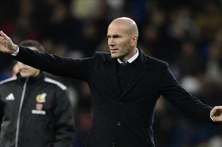 Zidane noi gi sau tran thua toi te cua Real truoc Celta? - Anh 1