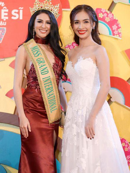 Ai Phuong, Phan Thi Mo do dang cung Miss Grand International 2016 - Anh 1
