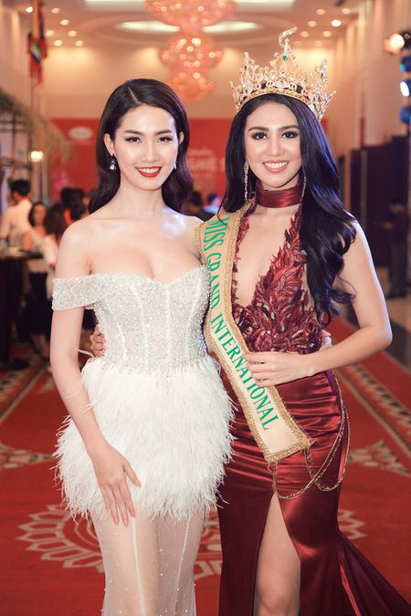 Ai Phuong, Phan Thi Mo do dang cung Miss Grand International 2016 - Anh 2