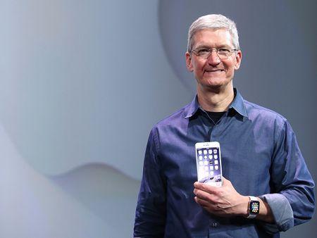 iPhone 10 co tinh nang nhan dien guong mat - Anh 1