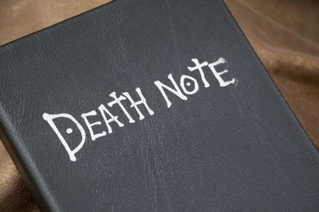 Giao vien bi khien trach vi dung 'Death Note' doa hoc sinh - Anh 1