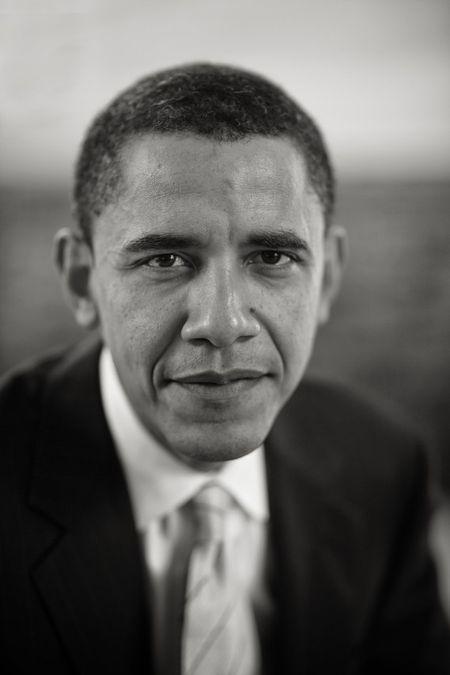 9 khoanh khac lich su cua Obama trong 10 nam qua - Anh 1