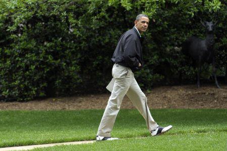 9 khoanh khac lich su cua Obama trong 10 nam qua - Anh 3