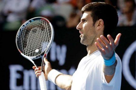 'Vua' Djokovic 'bang ha' ngay vong 2 Uc mo rong 2017 - Anh 1